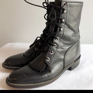 Justin Kiltie Lacer Granny boots size 7.5